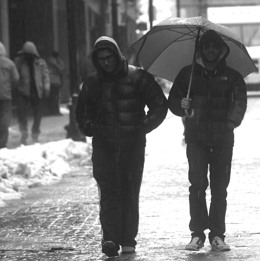 boston downtown crossing people in the rain 2