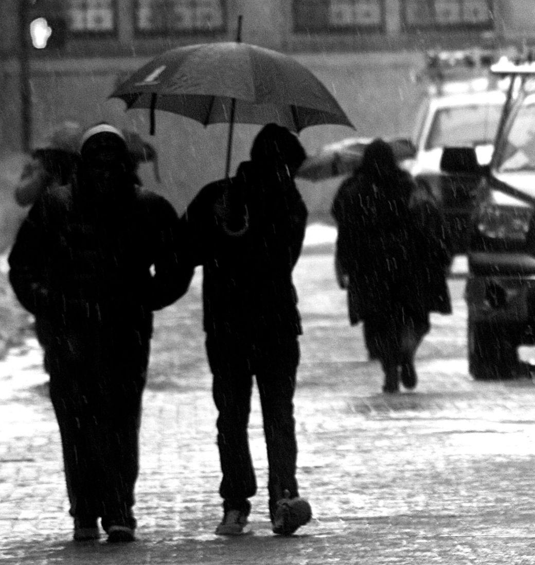 boston downtown crossing people in the rain