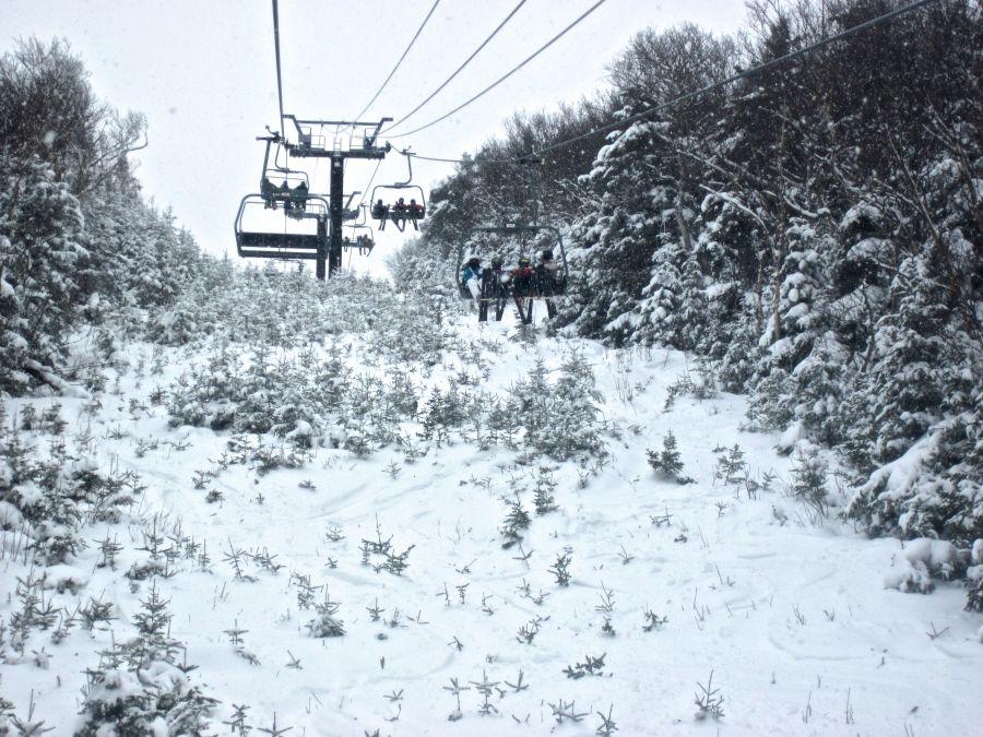 sugarbush mount ellen lift trees on side