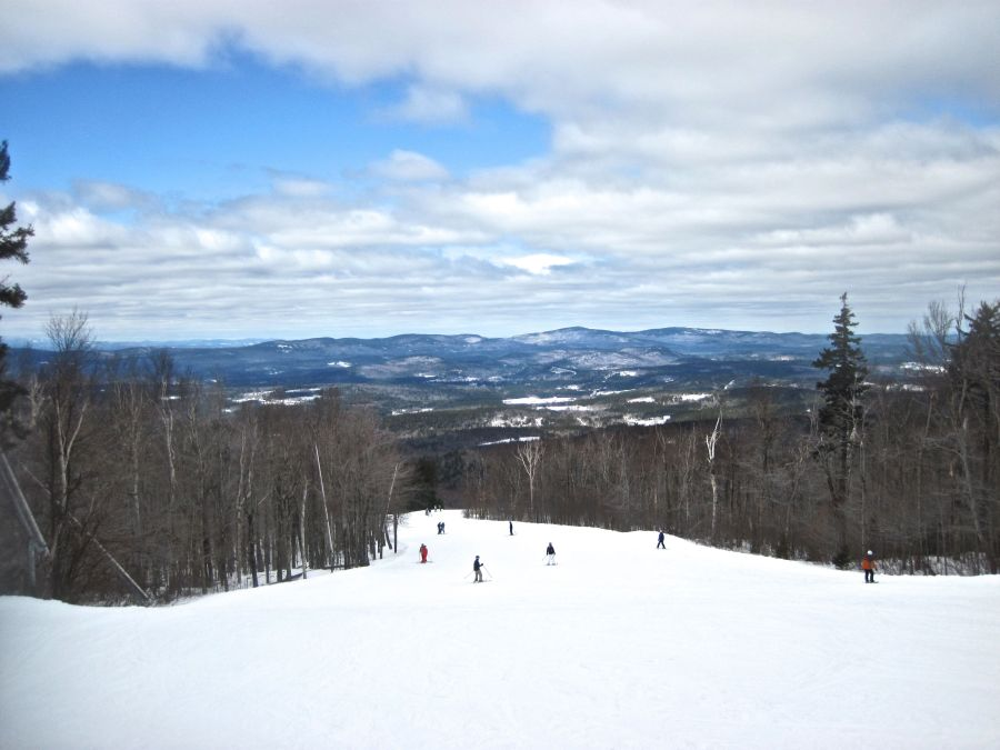 sunapee mountain view clouds