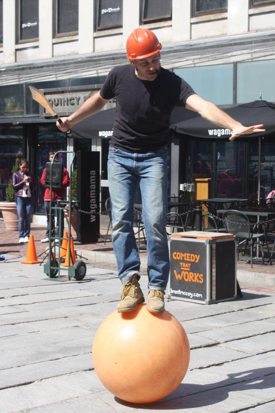 boston faneuil hall brett mccoy real mccoy comedy that works street performer 3
