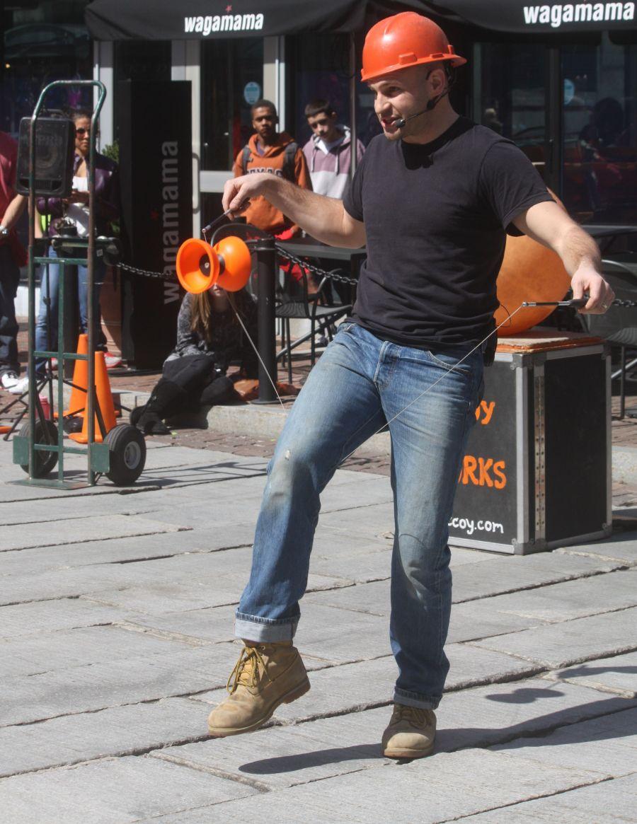 boston faneuil hall brett mccoy real mccoy comedy that works street performer 5