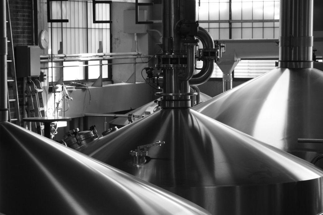 boston harpoon brewery brew tank