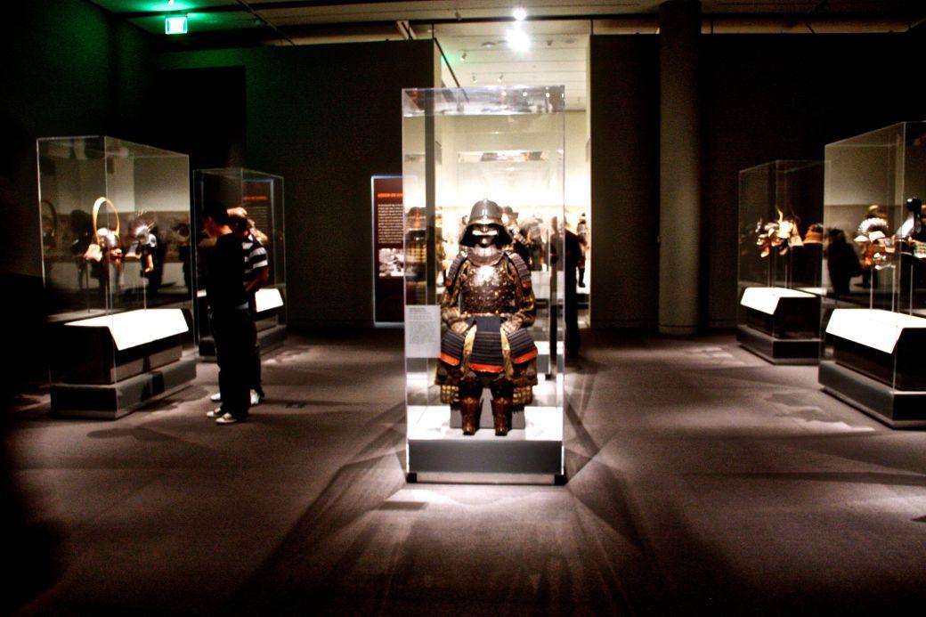 boston museum of fine arts samurai exhibit full view