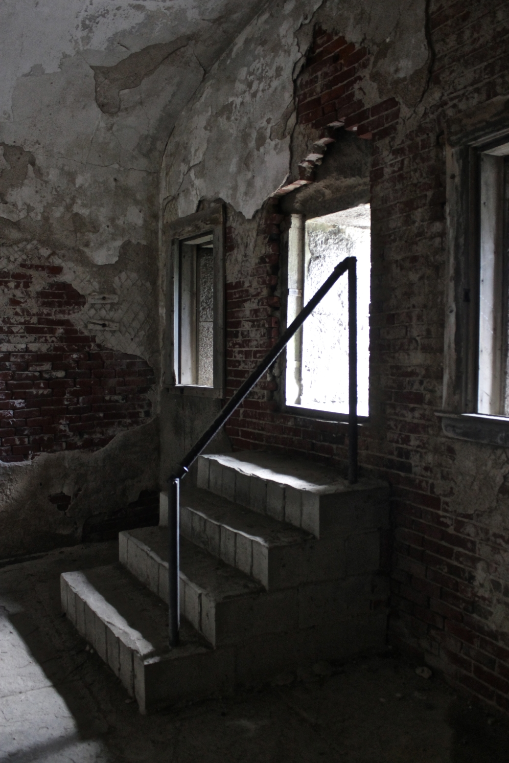 bosto georges island fort warren inside stairs