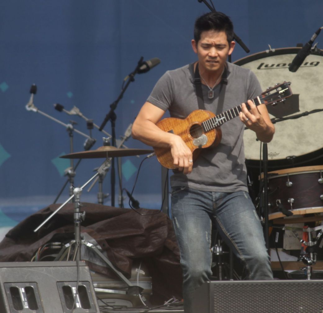 boston summer arts weekend Jake Shimabukuro 7