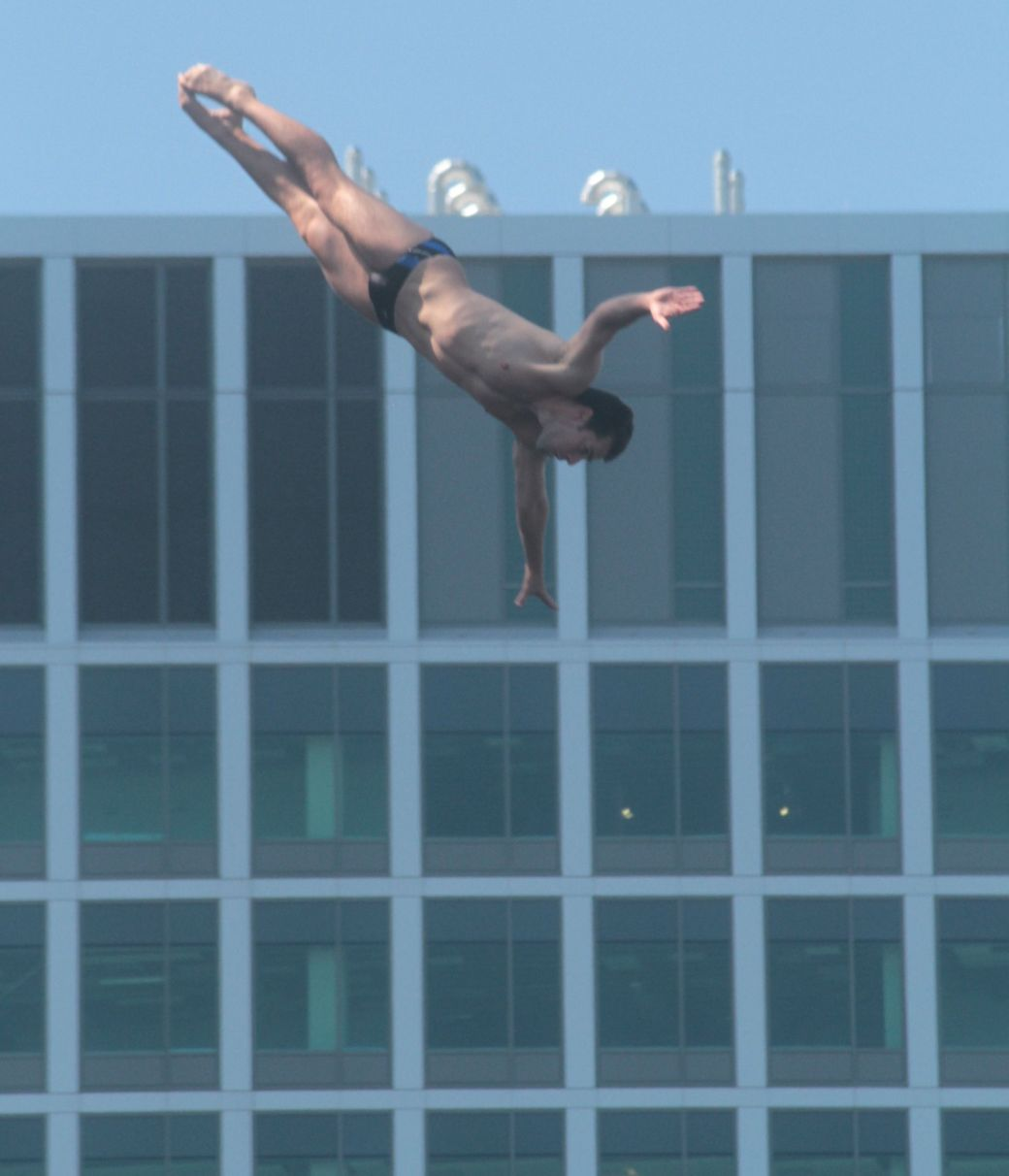 boston institute of contemporary art red bull diving competition august 25 2013 10