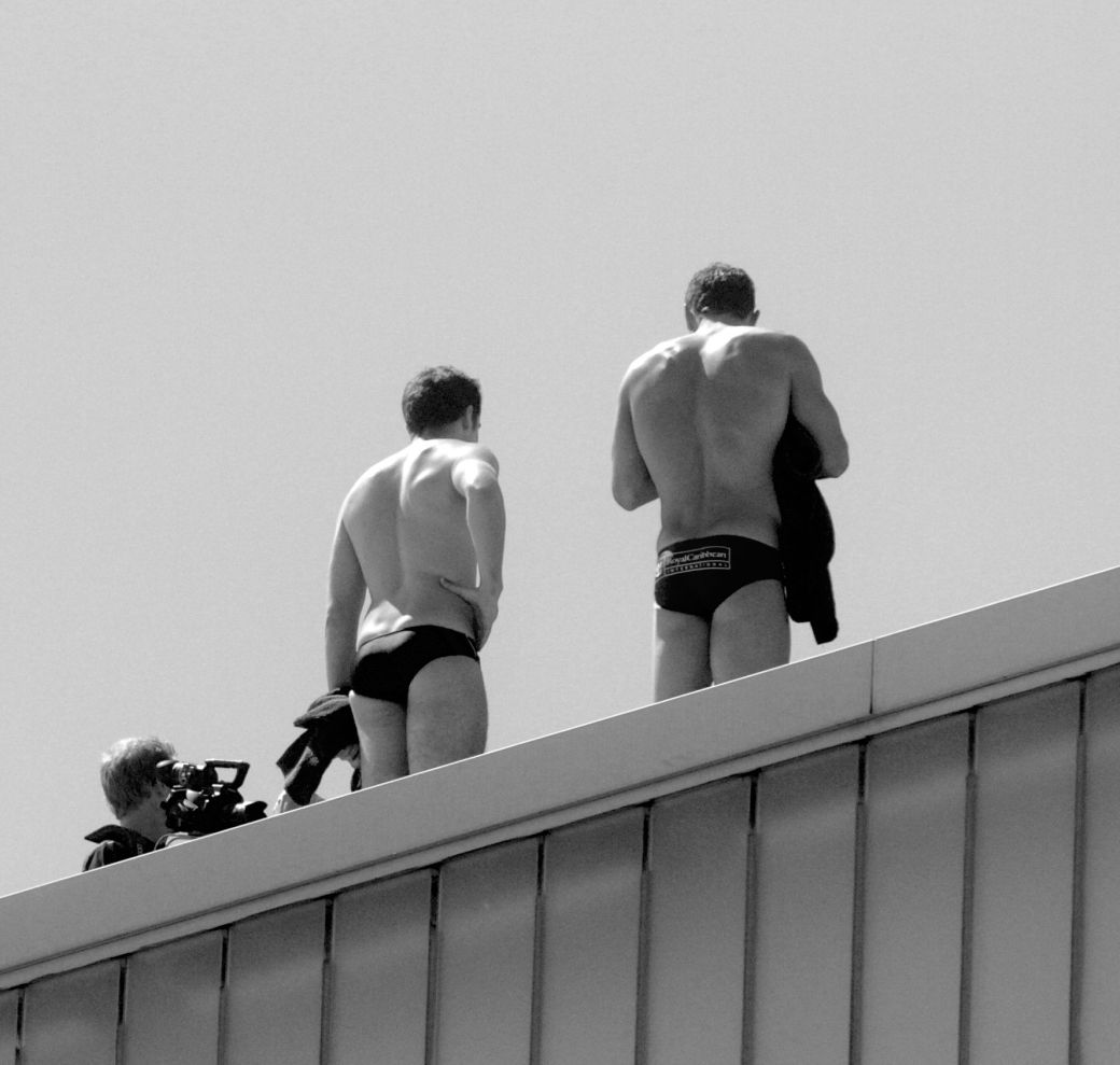 boston institute of contemporary art red bull diving competition august 25 2013 divers from the back