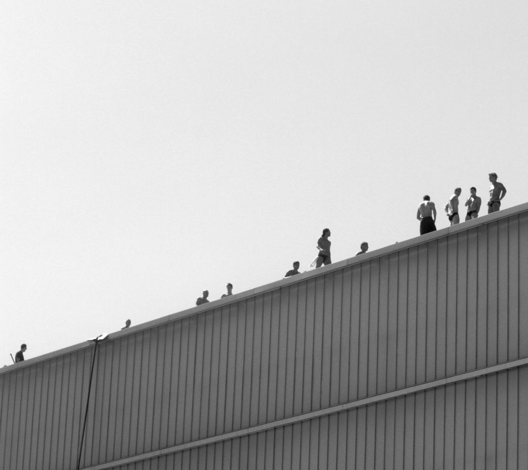 boston institute of contemporary art red bull diving competition august 25 2013 divers lined up on the side of the institute of contemporary art