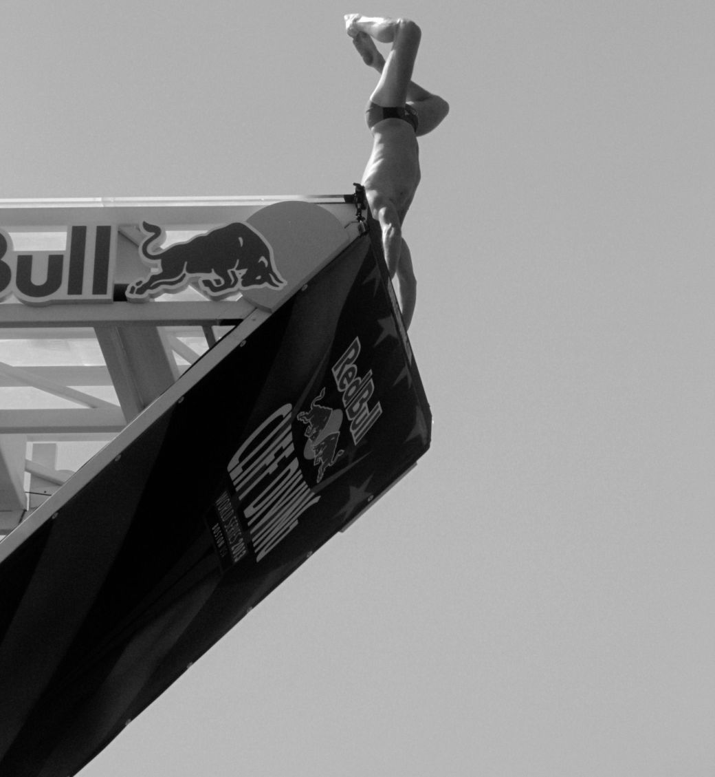 boston red bull diving contest august 25 institute of contemporary art contrast photos 10 handstand