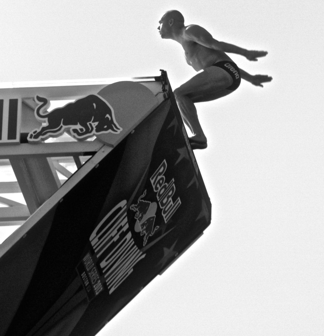 boston red bull diving contest august 25 institute of contemporary art contrast photos 3