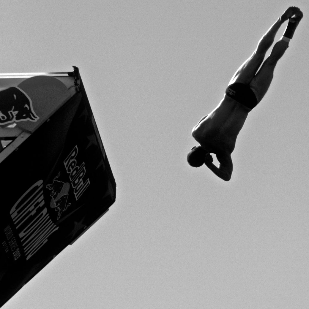 boston red bull diving contest august 25 institute of contemporary art contrast photos 5