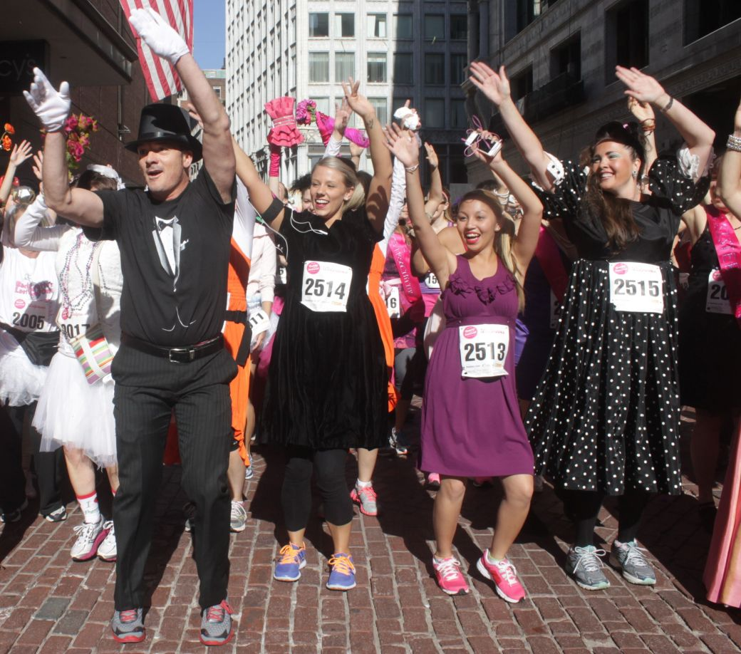 boston running with bridesmaids 2013 32