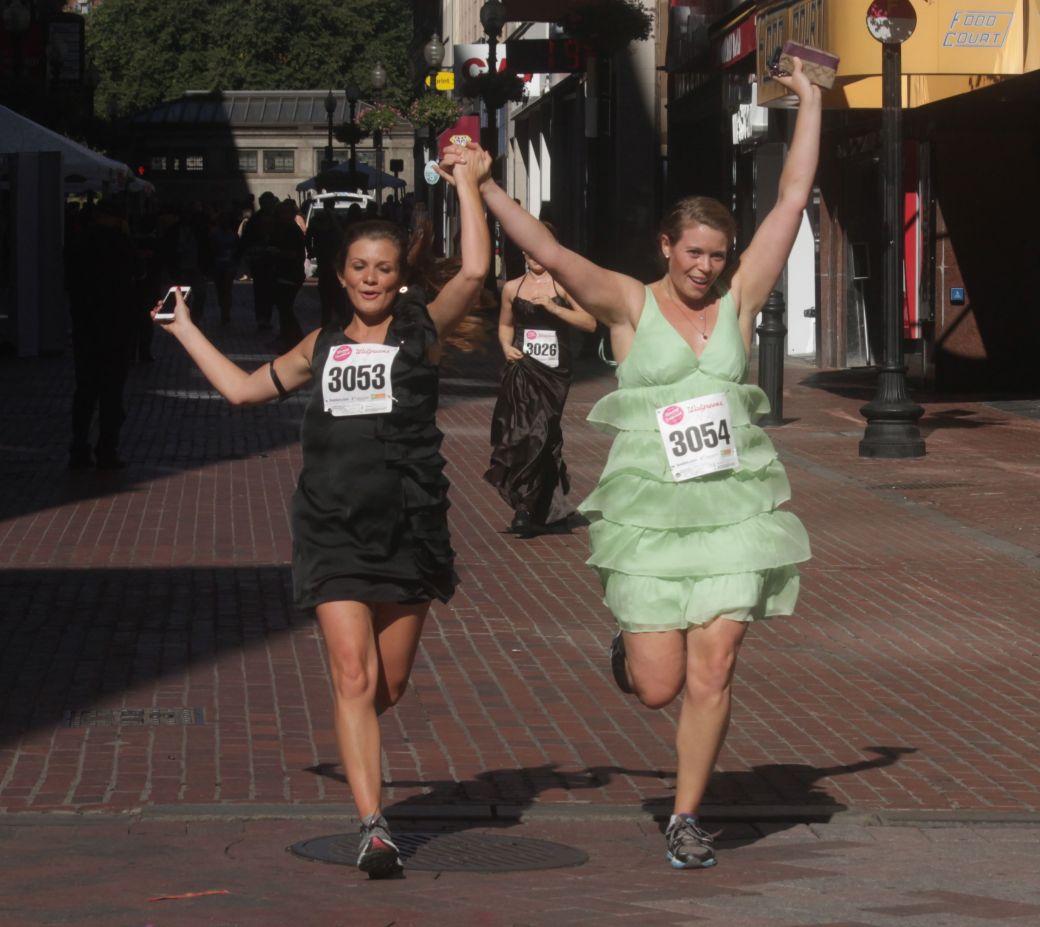 boston running with bridesmaids 2013 36