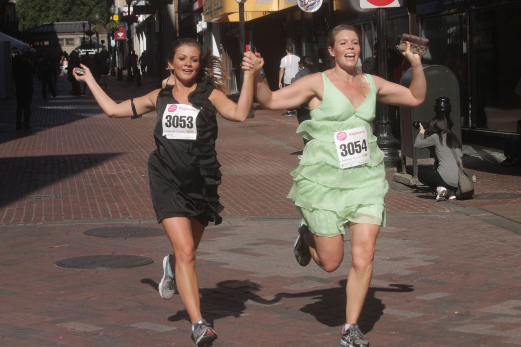 boston running with bridesmaids 2013 37