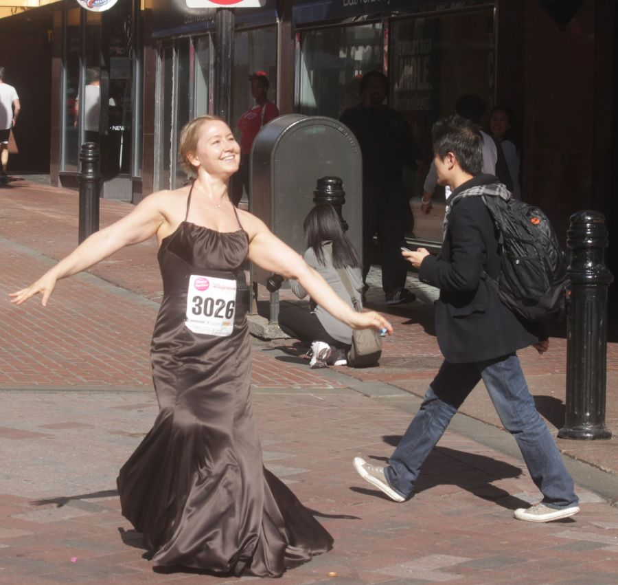 boston running with bridesmaids 2013 38