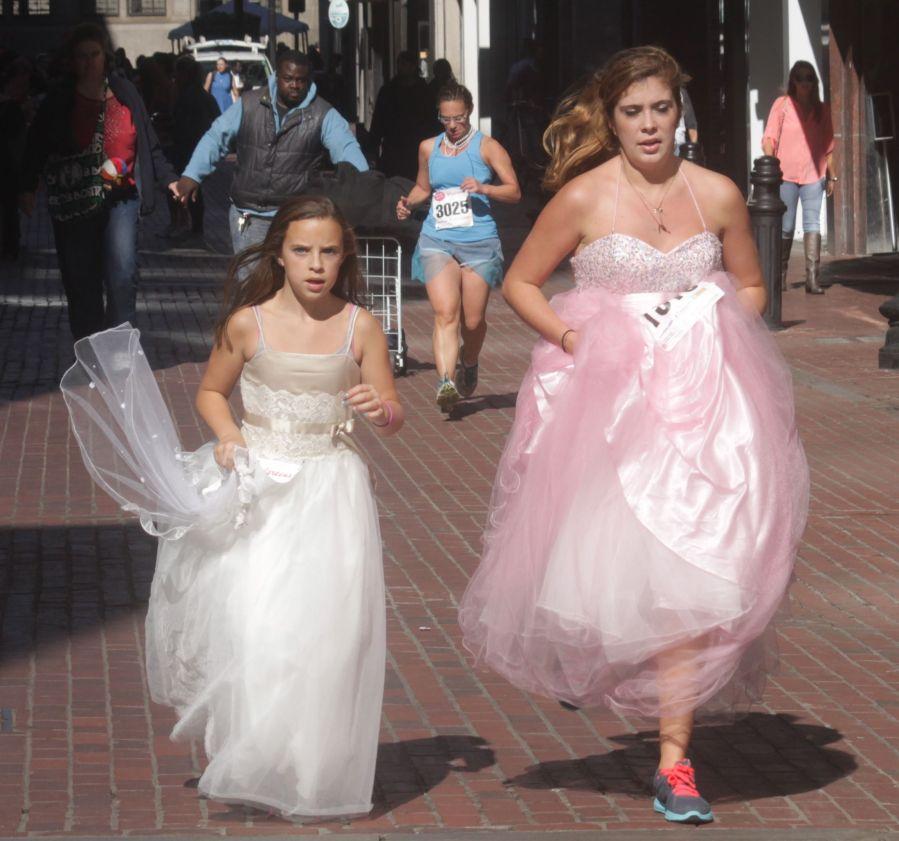 boston running with bridesmaids 2013 39