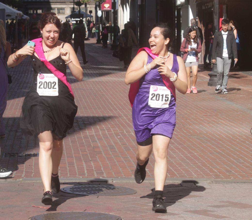 boston running with bridesmaids 2013 41