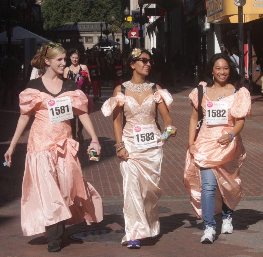 boston running with bridesmaids 2013 43
