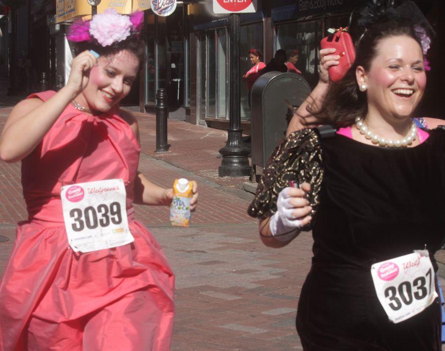 boston running with bridesmaids 2013 48