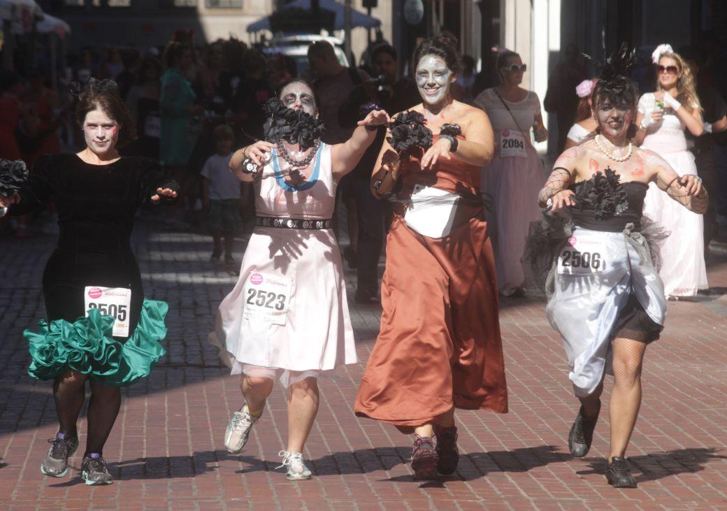 boston running with bridesmaids 2013 49
