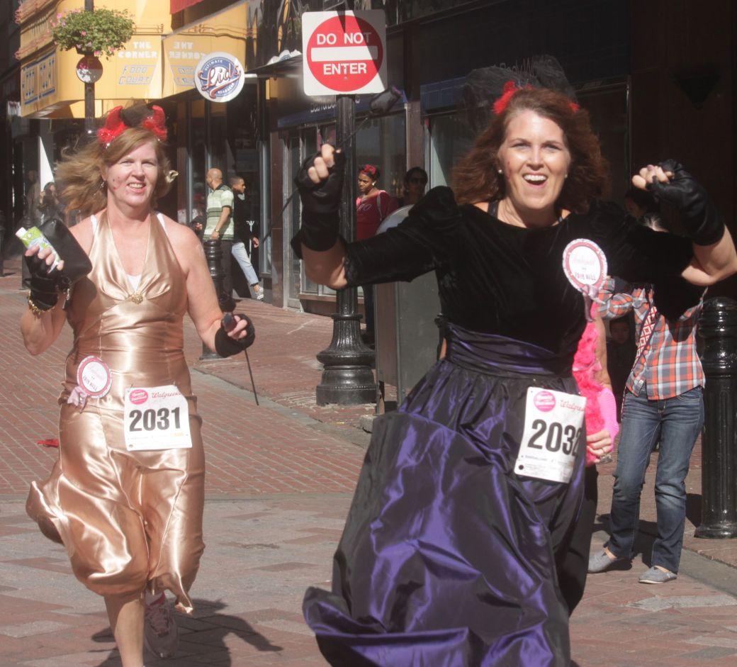 boston running with bridesmaids 2013 51