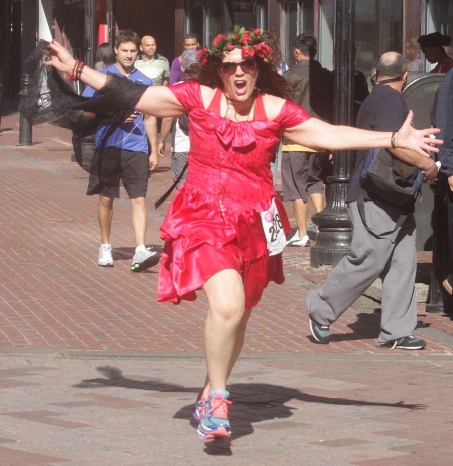 boston running with bridesmaids 2013 52