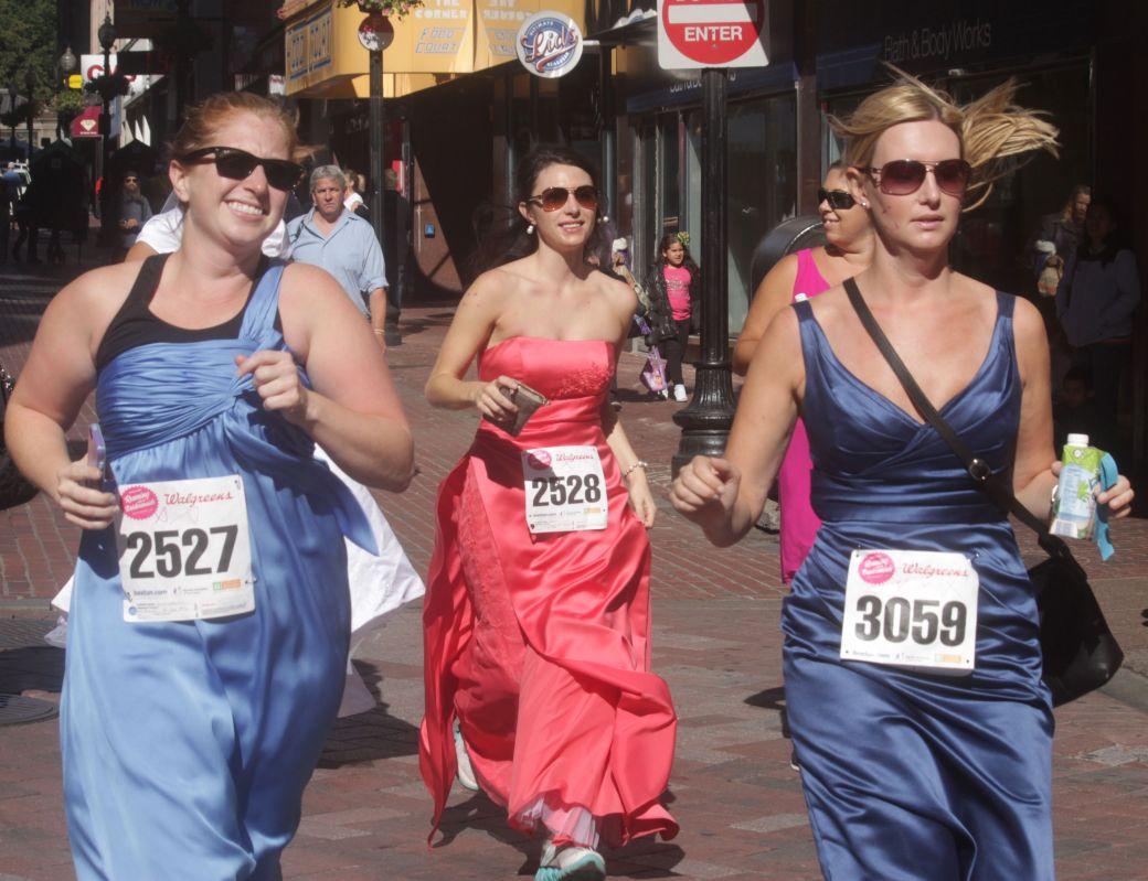 boston running with bridesmaids 2013 56