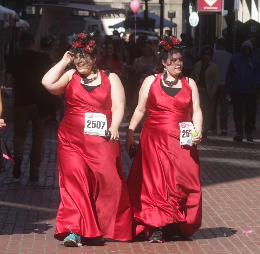 boston running with bridesmaids 2013 60