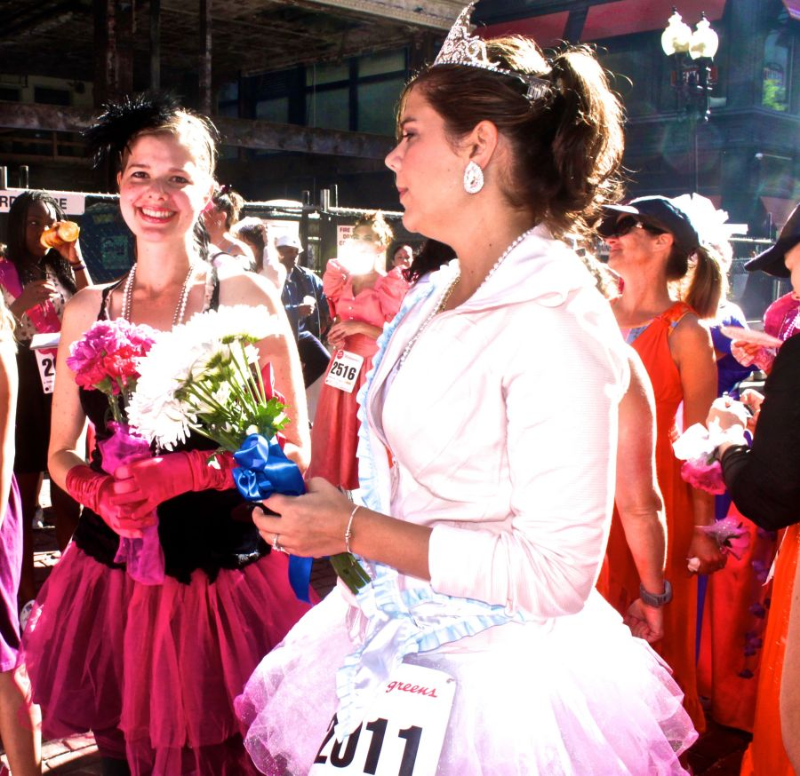 boston running with the bridesmaids 72