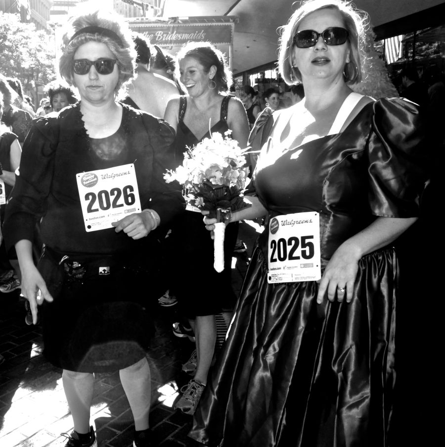 boston running with the bridesmaids 73