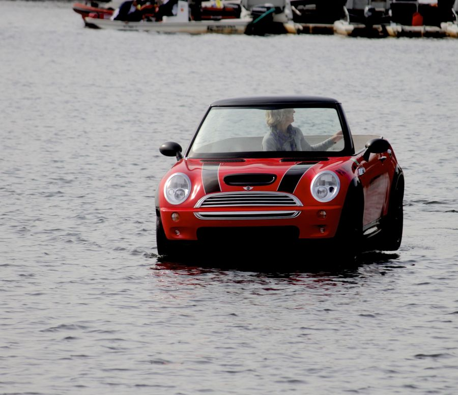 boston head of the charles race 2013 4 mini cooper in the water
