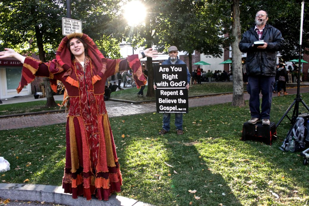 salem halloween 2013 protesters woman in costume 2