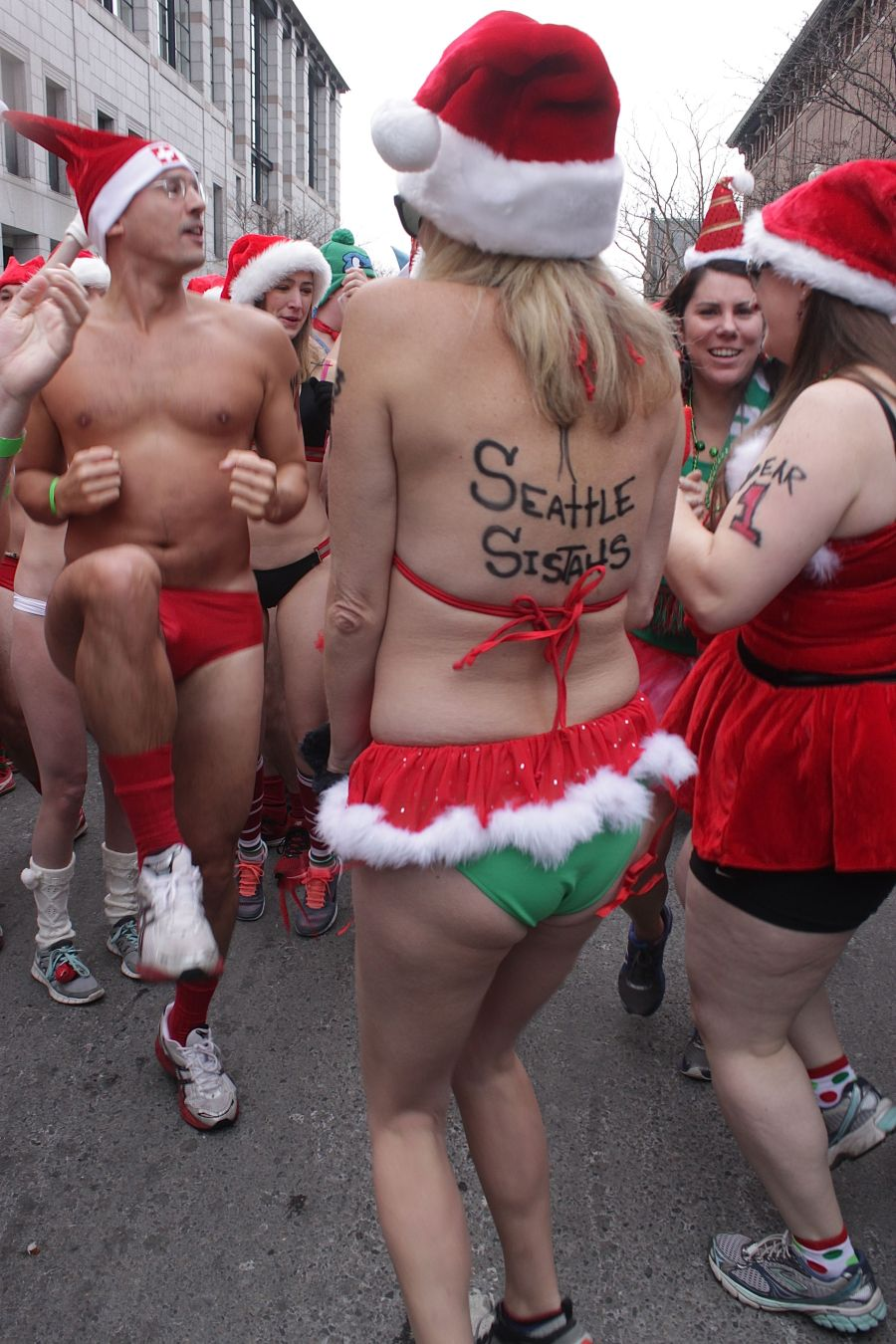 boston santa speedo run december 14 11