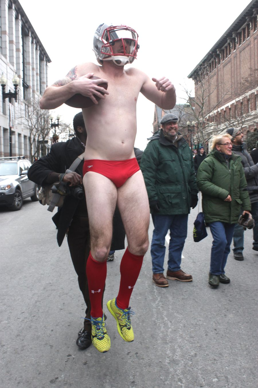 boston santa speedo run december 14 22