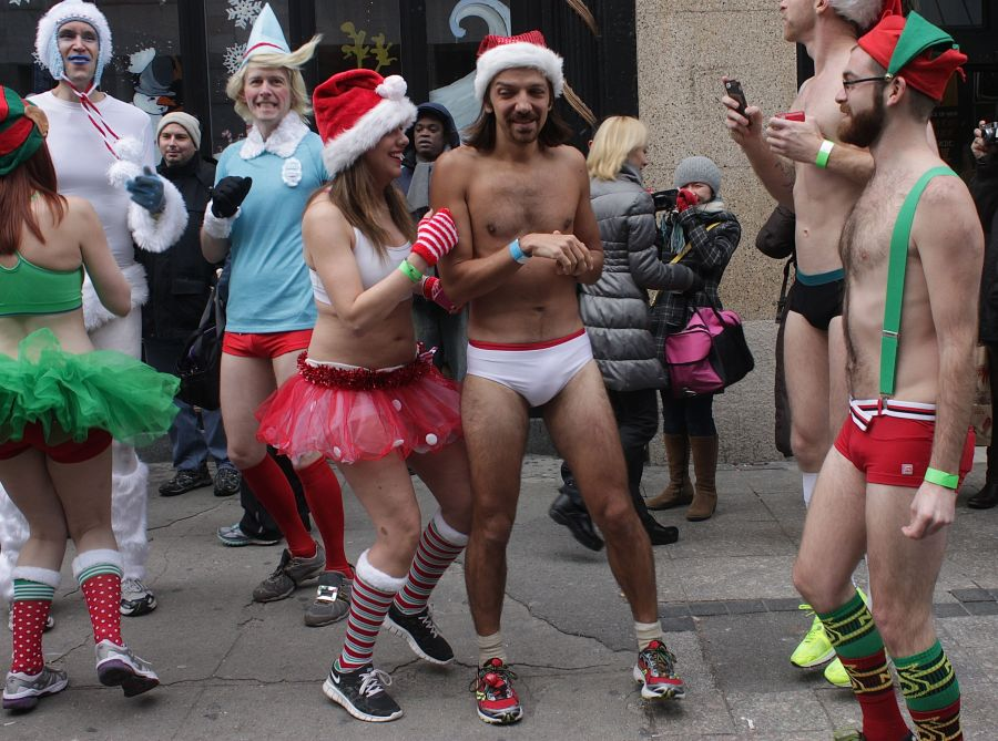 boston santa speedo run december 14 3
