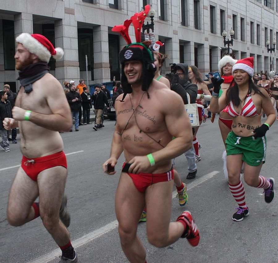 boston santa speedo run december 14 33
