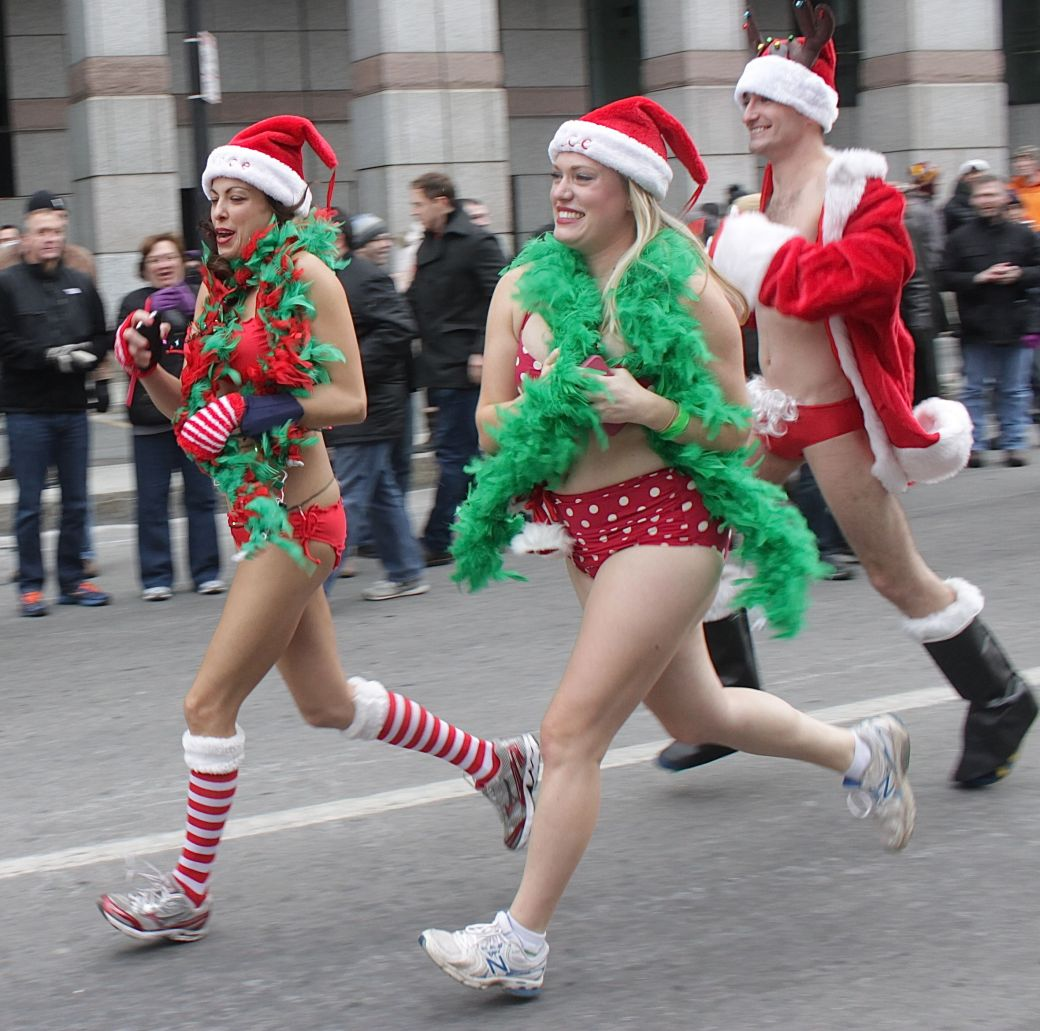 boston santa speedo run december 14 37