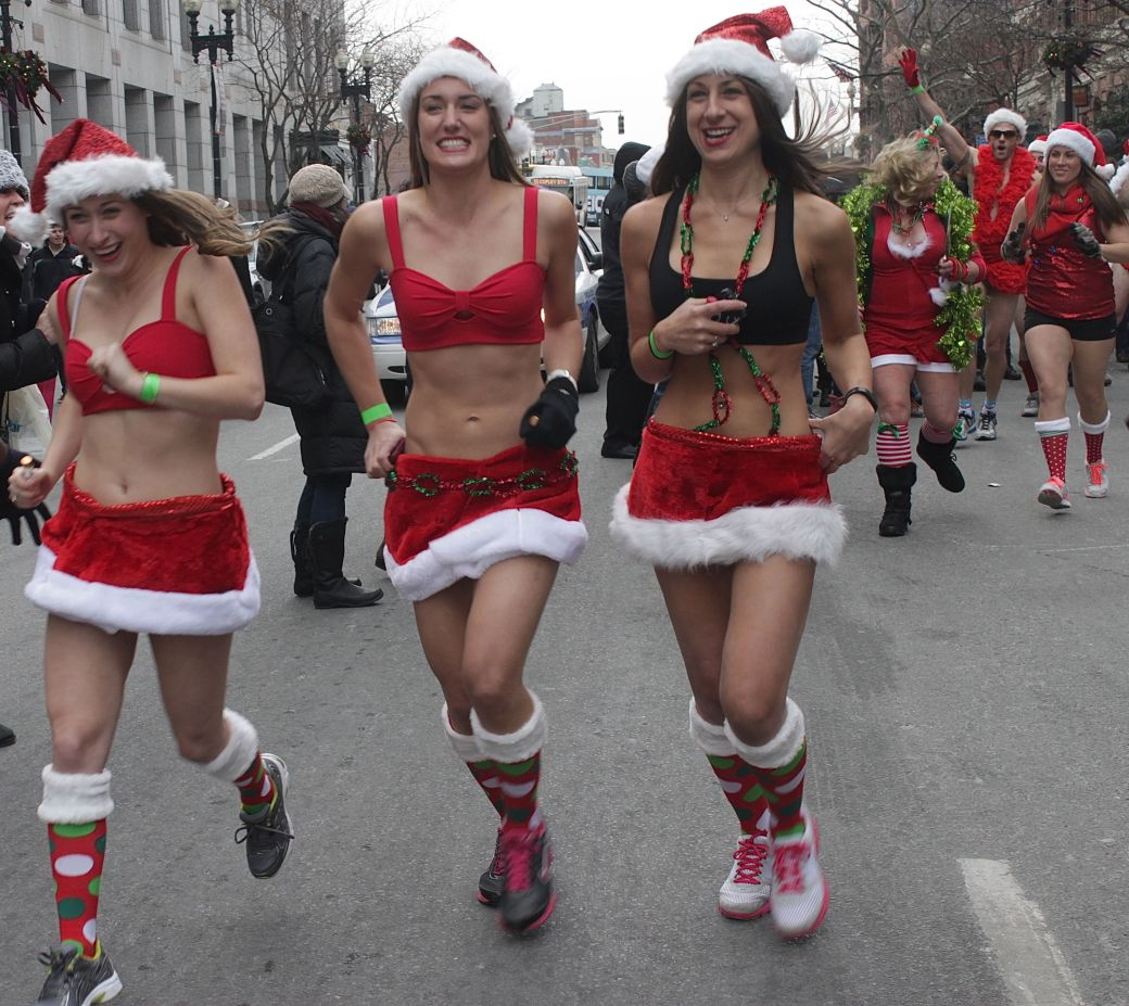 boston santa speedo run december 14 38