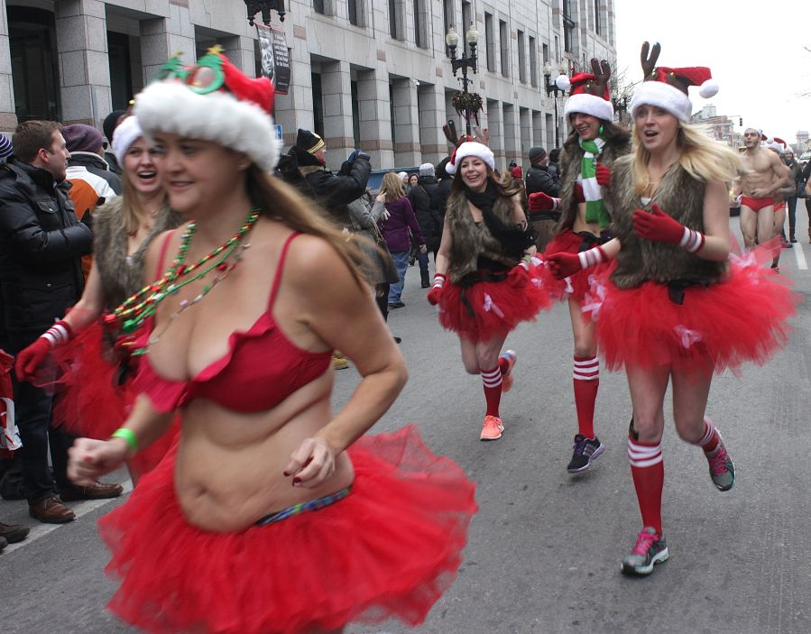 boston santa speedo run december 14 39