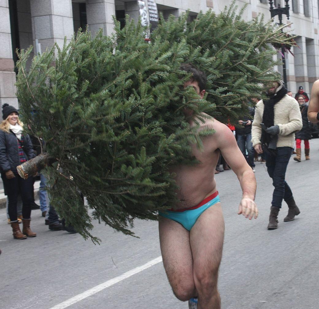 boston santa speedo run december 14 41