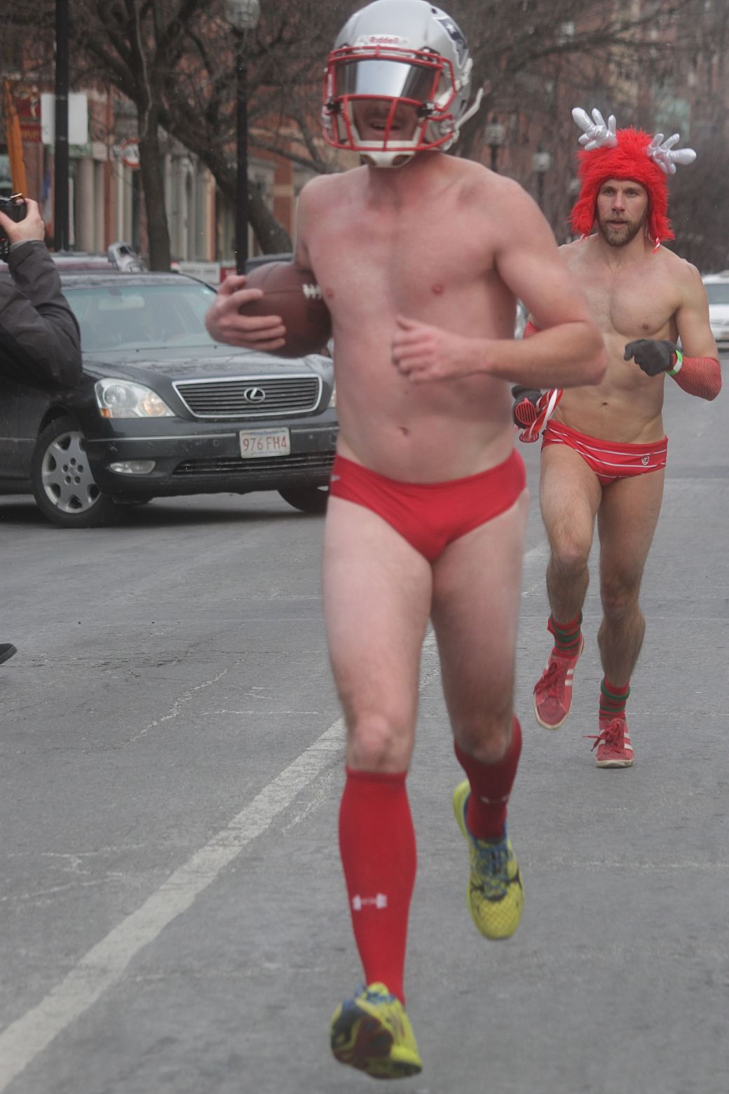 boston santa speedo run december 14 42