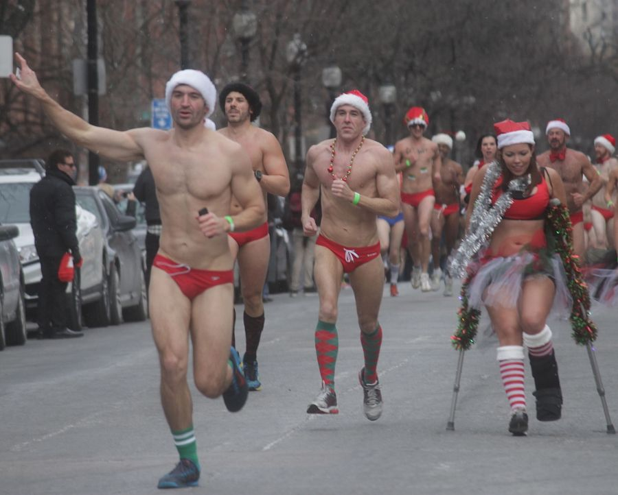 boston santa speedo run december 14 43