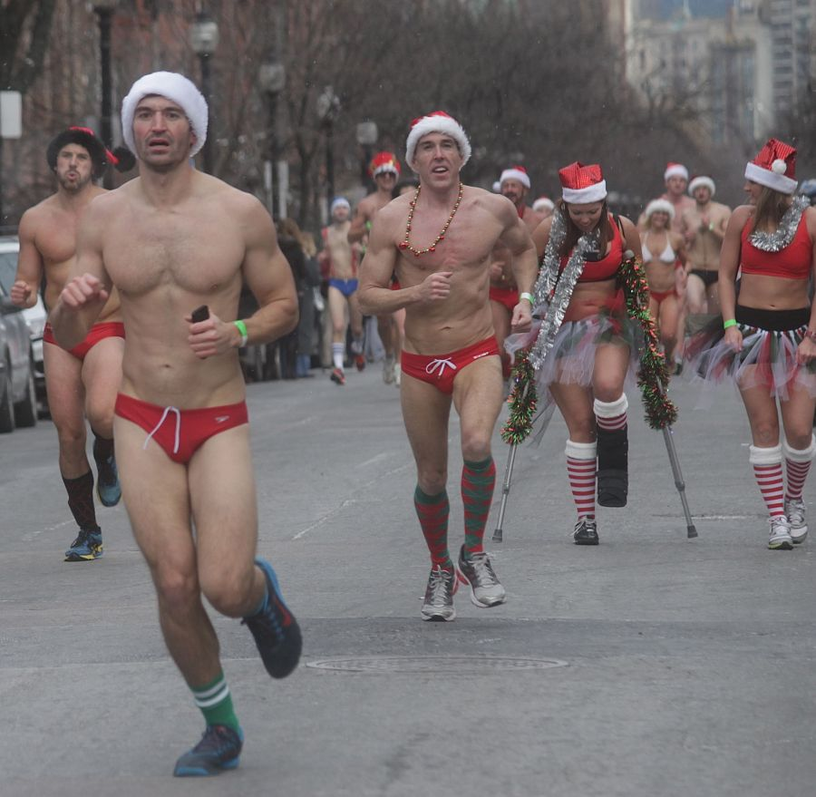 boston santa speedo run december 14 44