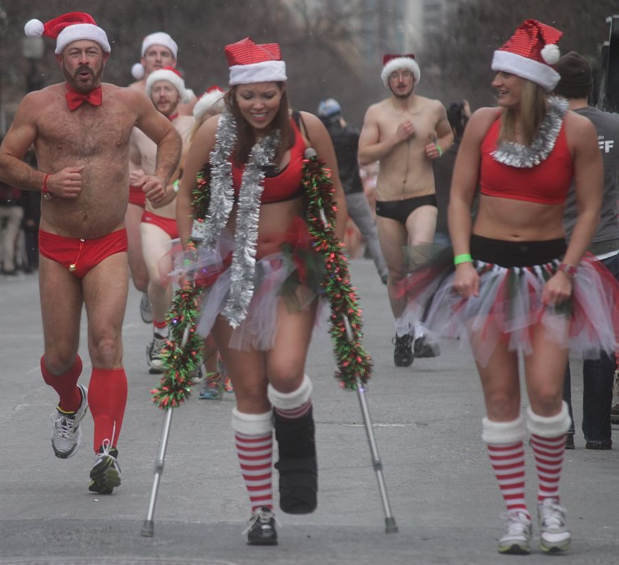boston santa speedo run december 14 46