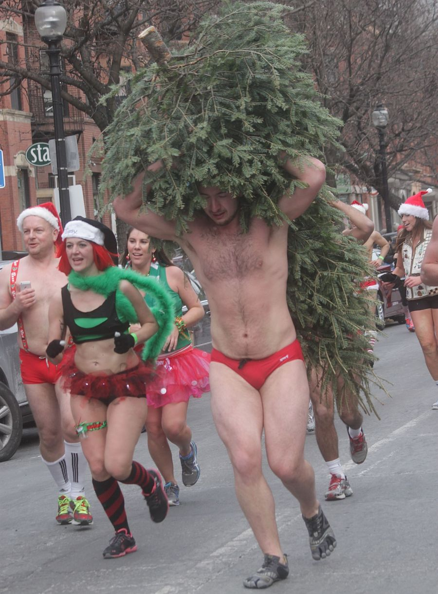 boston santa speedo run december 14 71