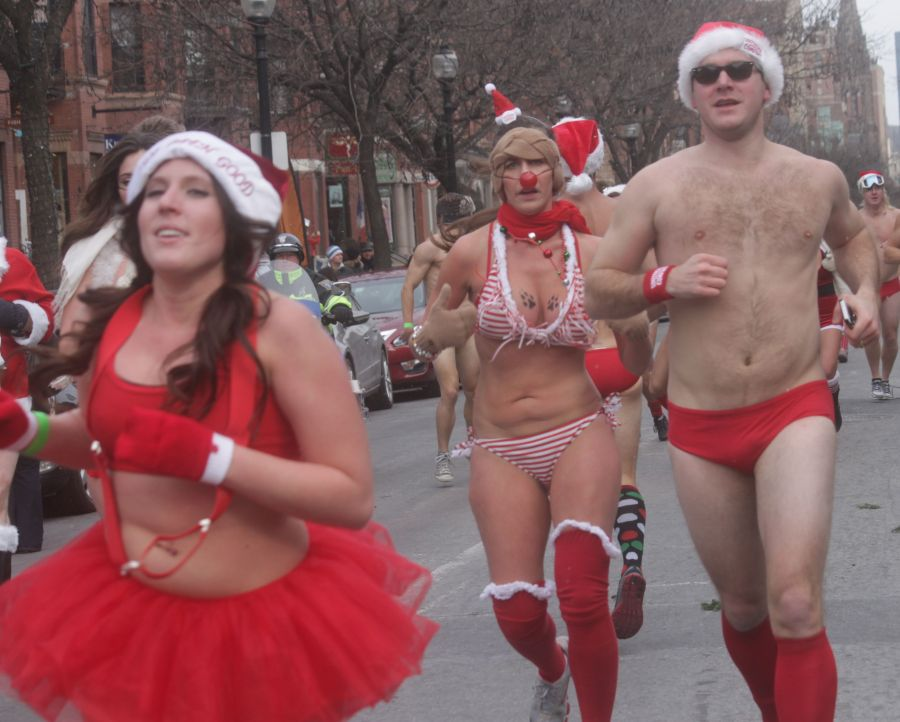boston santa speedo run december 14 77