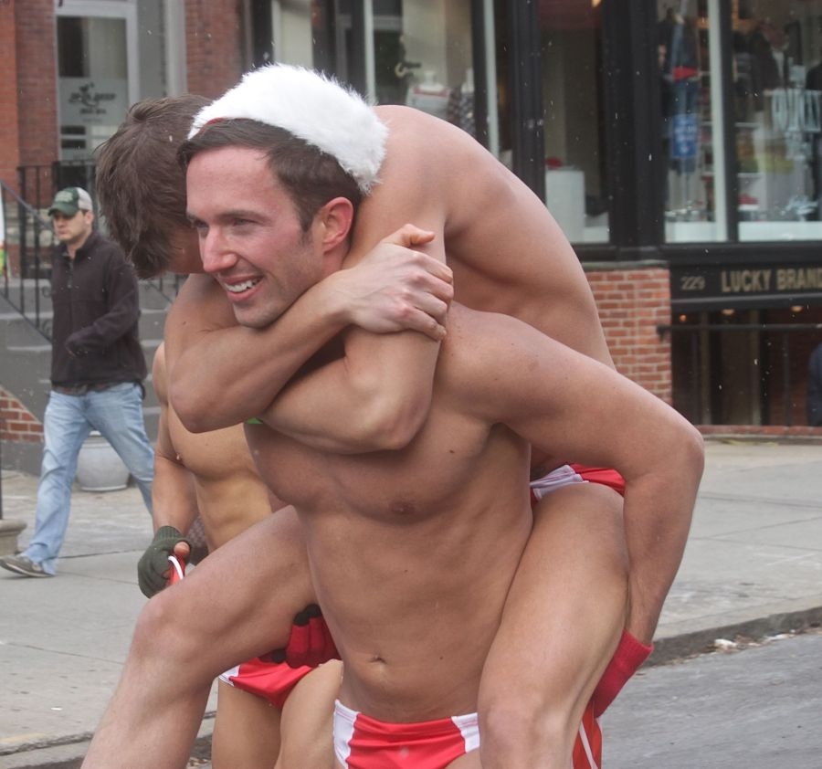 boston santa speedo run december 14 80