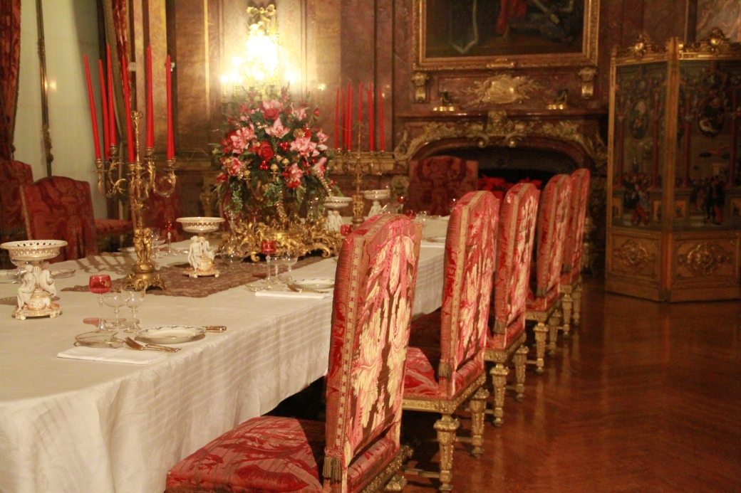 newport marble house dining room 2