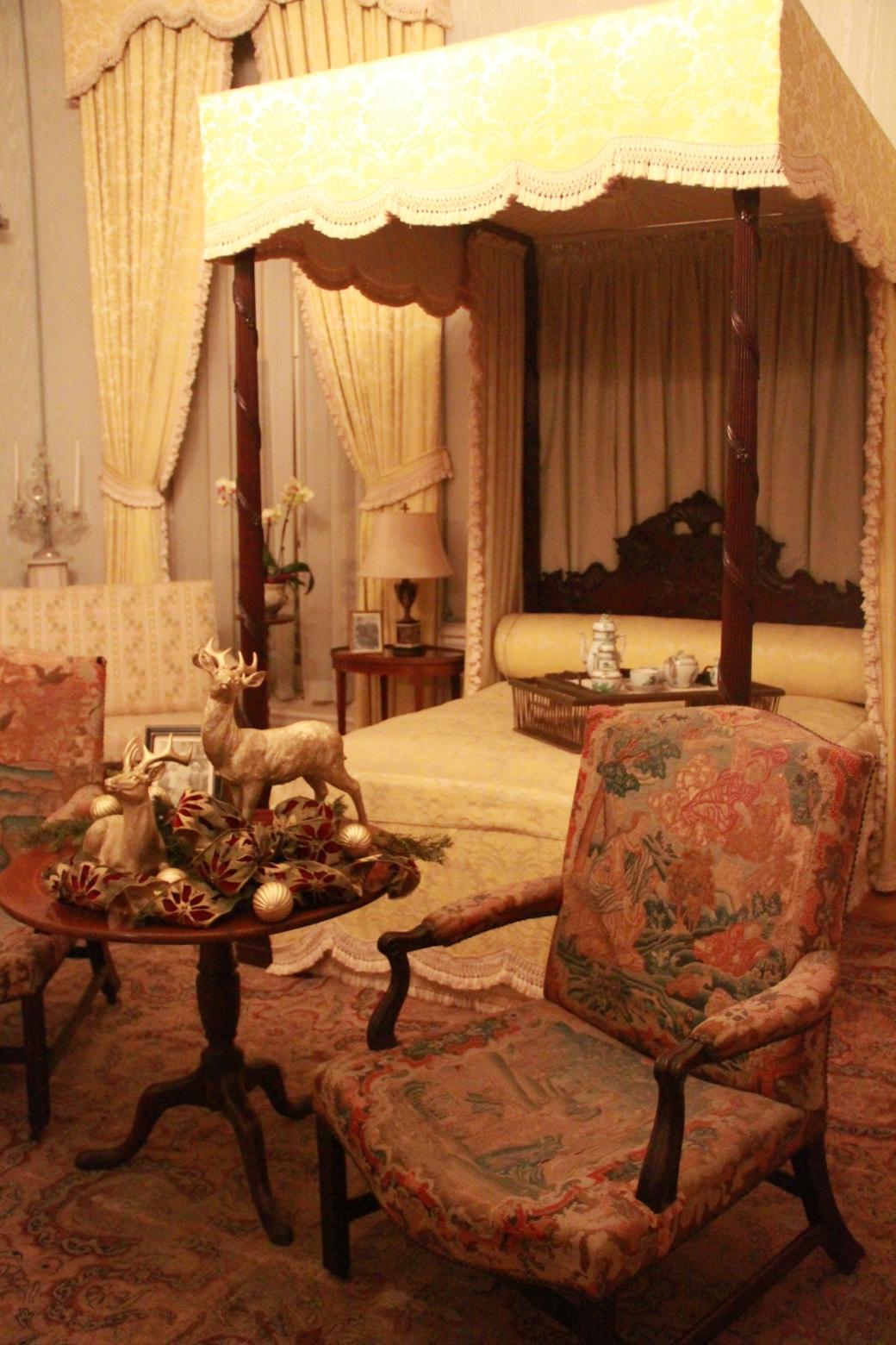 newport the elms bedroom